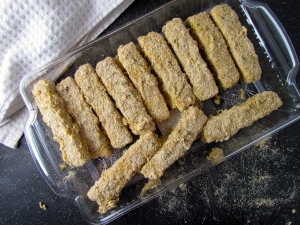 Double coating insures these sticks a crisp outer coating that holds ooey, gooey cheese inside
