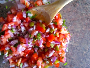 Quick and fresh pico de gallo